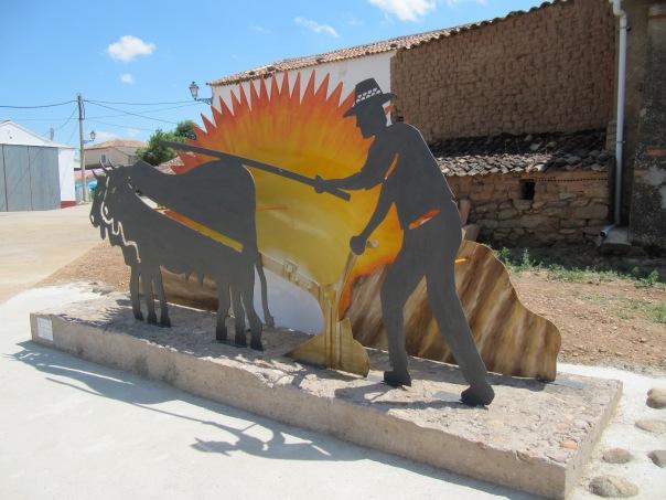 Monumento al agricultor en Almarail